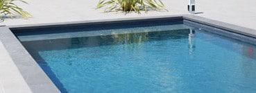 piscine béton ciré anthracite
