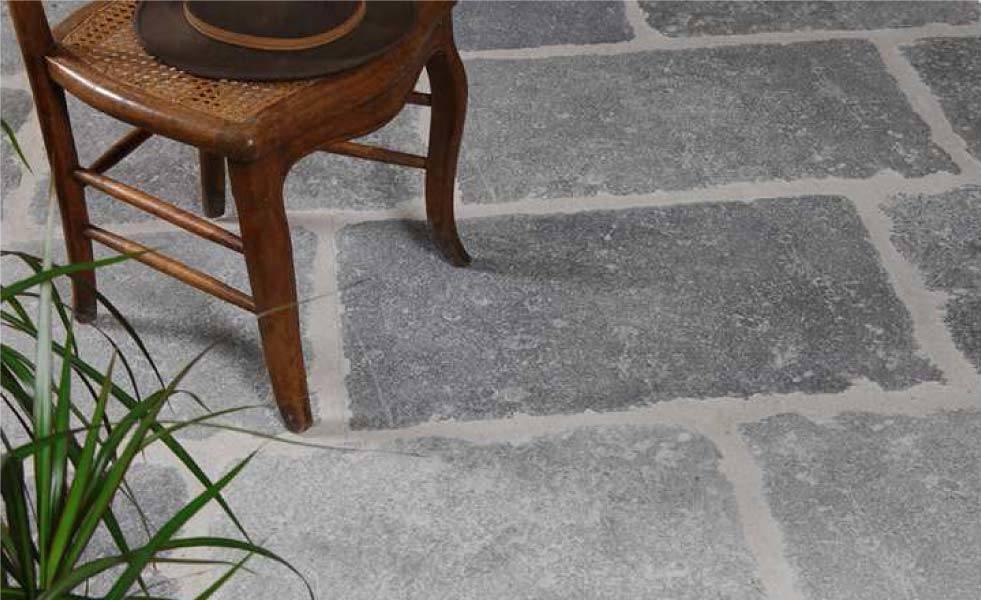 carrelage-dallage-intérieur-béton-pierre-gris