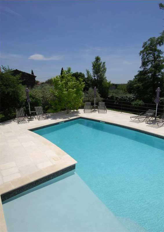rev tement int rieur de piscine couleur sur mesure turquoise l ger rouvi re collection. Black Bedroom Furniture Sets. Home Design Ideas