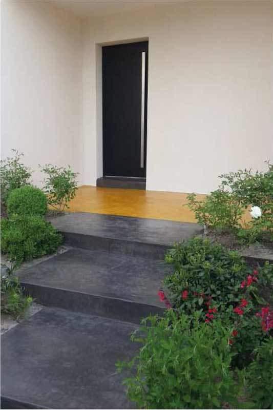 terrasse-escalier-beton-cire