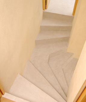 escalier-sur-mesure-béton-ciré