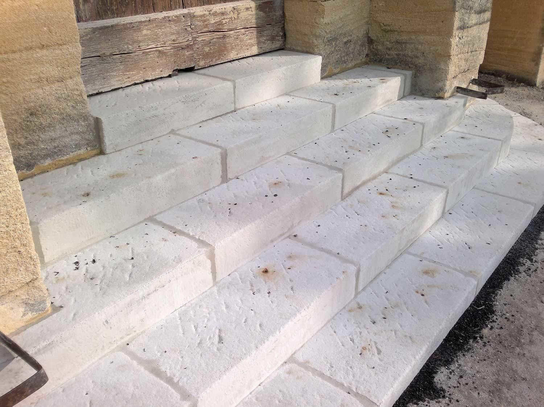 escalier en béton façon pierre Rouviere Collection