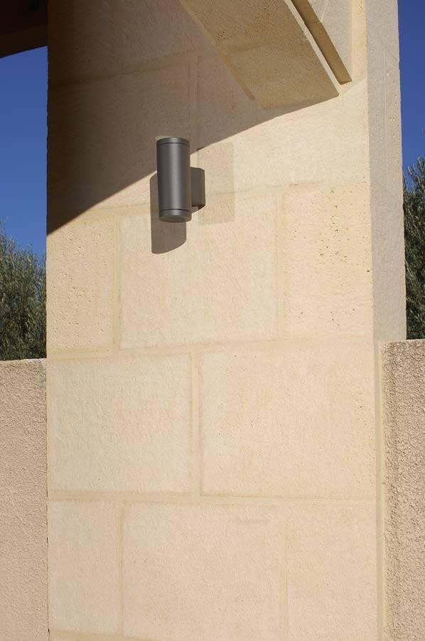 Modèle Camargue en revêtement de pilier, réalisation dans le Gard