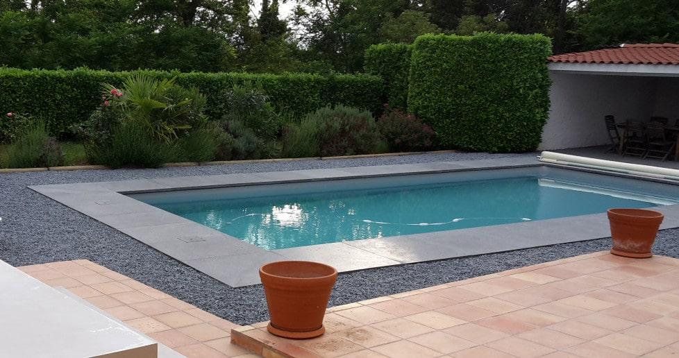 Grandes margelles de piscine en 100×100 cm