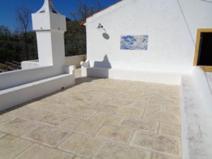 carrelage-aspect-pierre-vieillie-Portugal-sable