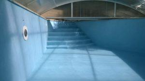enduit-revêtement-piscine-béton-ciré-bleubleu Rouviere Collection