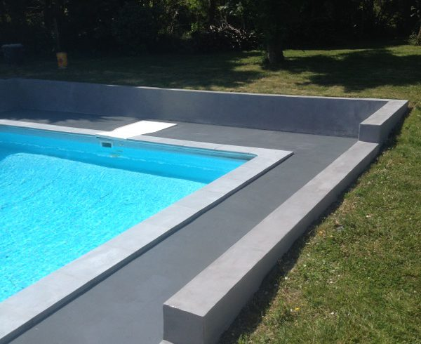 Rev tement ext rieur fa on b ton cir en micro b ton - Plage piscine beton ...