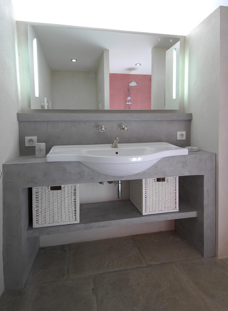 Aménagez votre salle de bain avec des mobiliers sur mesure