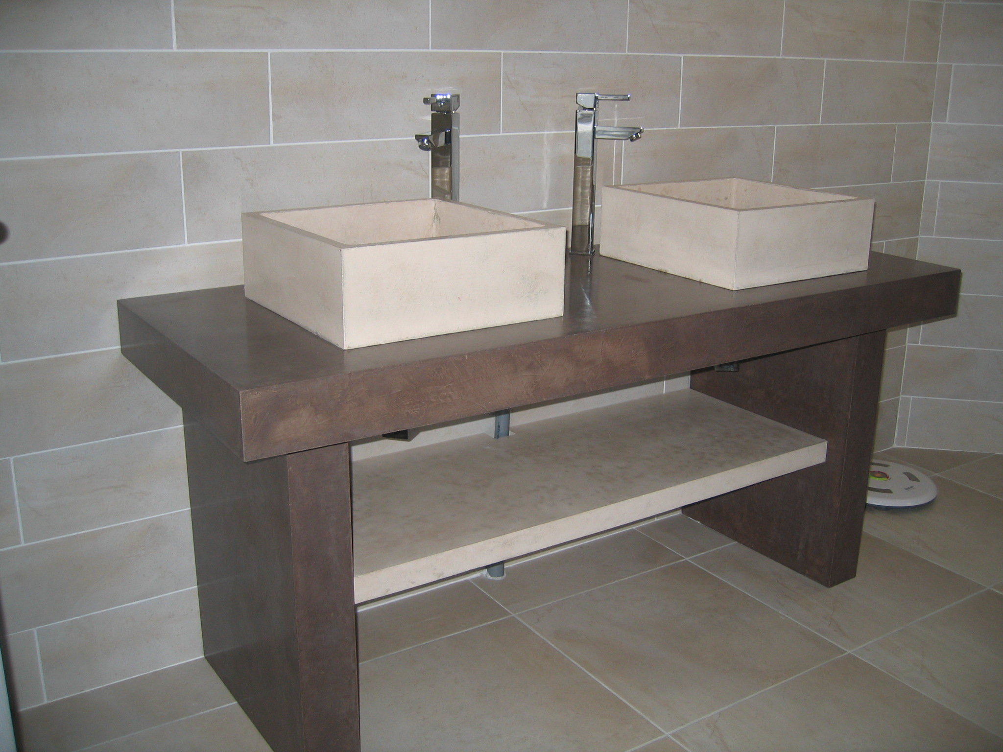 Microconcrete bathroom furniture with double washbasins