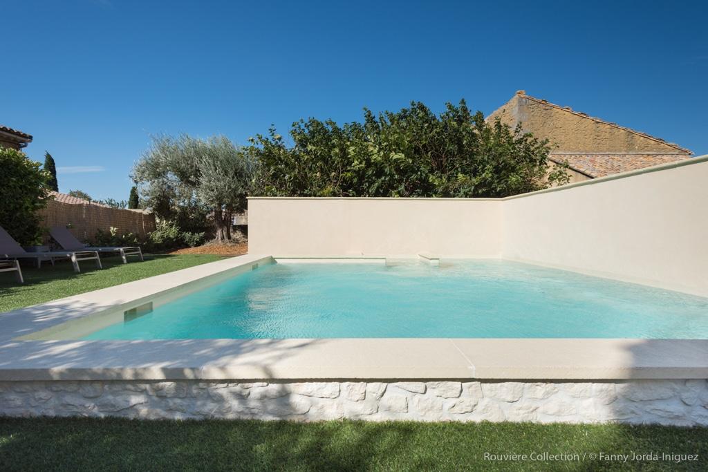 margelles de piscine premier prix. Black Bedroom Furniture Sets. Home Design Ideas