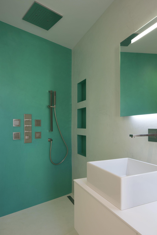 parois et sol salle de bain douche maison priv e balerna tessin suisse compressor rouvi re. Black Bedroom Furniture Sets. Home Design Ideas
