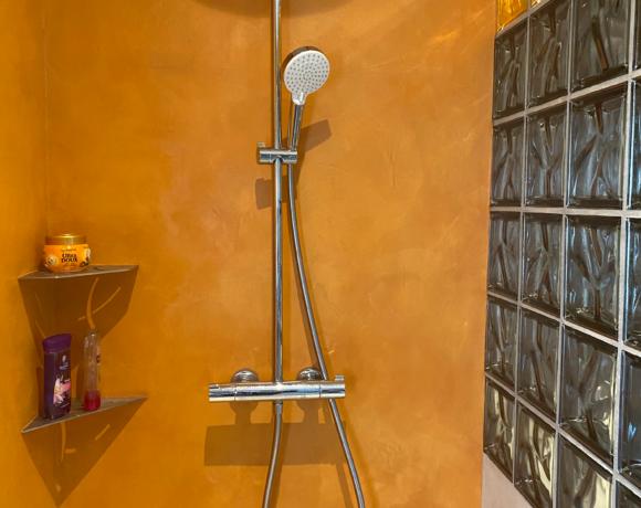 Mettez de la couleur dans votre salle de bain !